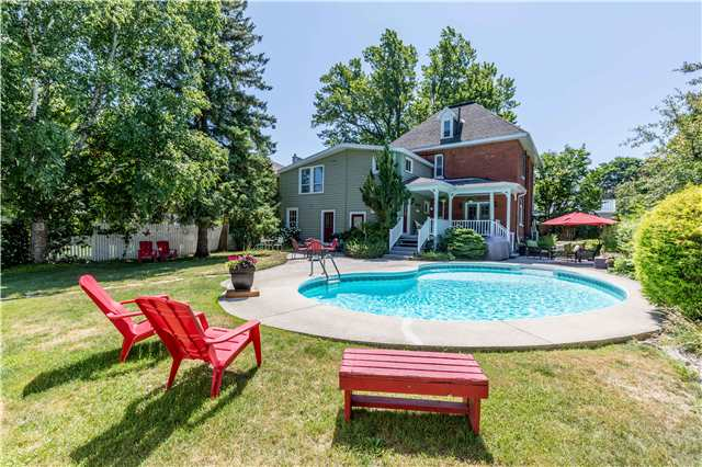For Sale: 7188 Highway 26 , Clearview, ON | 5 Bed, 3 Bath House for $699,000. See 20 photos!