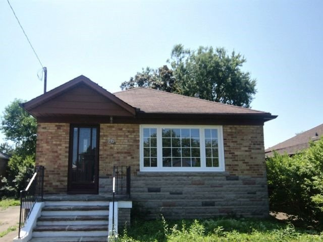 Sold: 26 Archwood Crescent, Toronto, ON