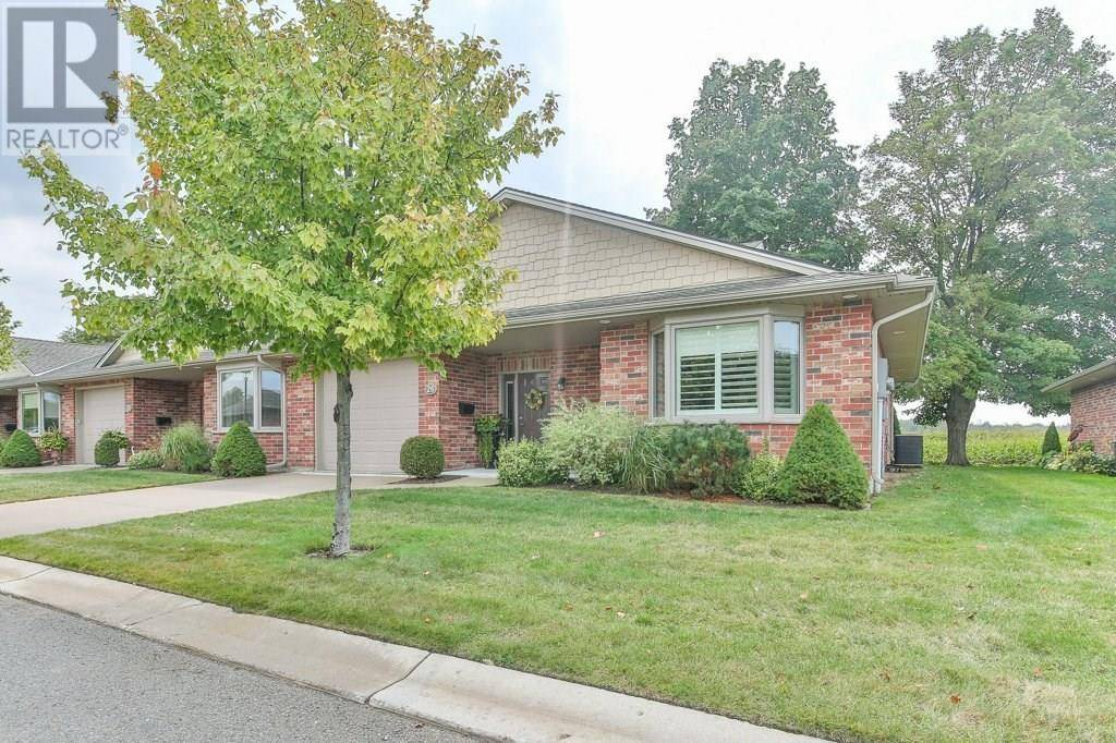 Townhouse for sale at 26 Bayfield Mews Ln Bayfield Ontario - MLS: 30797690