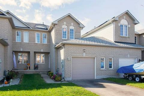 Townhouse for sale at 26 Coleman Dr Barrie Ontario - MLS: S4613108