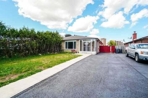 Townhouse for sale at 26 Deeside Cres Brampton Ontario - MLS: W4861358