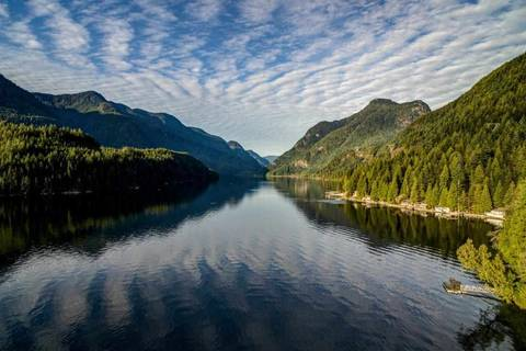 26 Croker Island, North Vancouver | Image 2