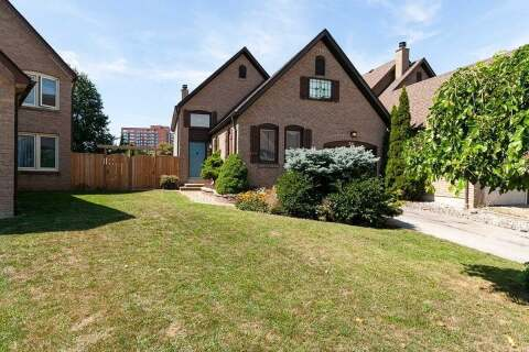 Home for sale at 26 Ecclesfield Dr Toronto Ontario - MLS: E4924213