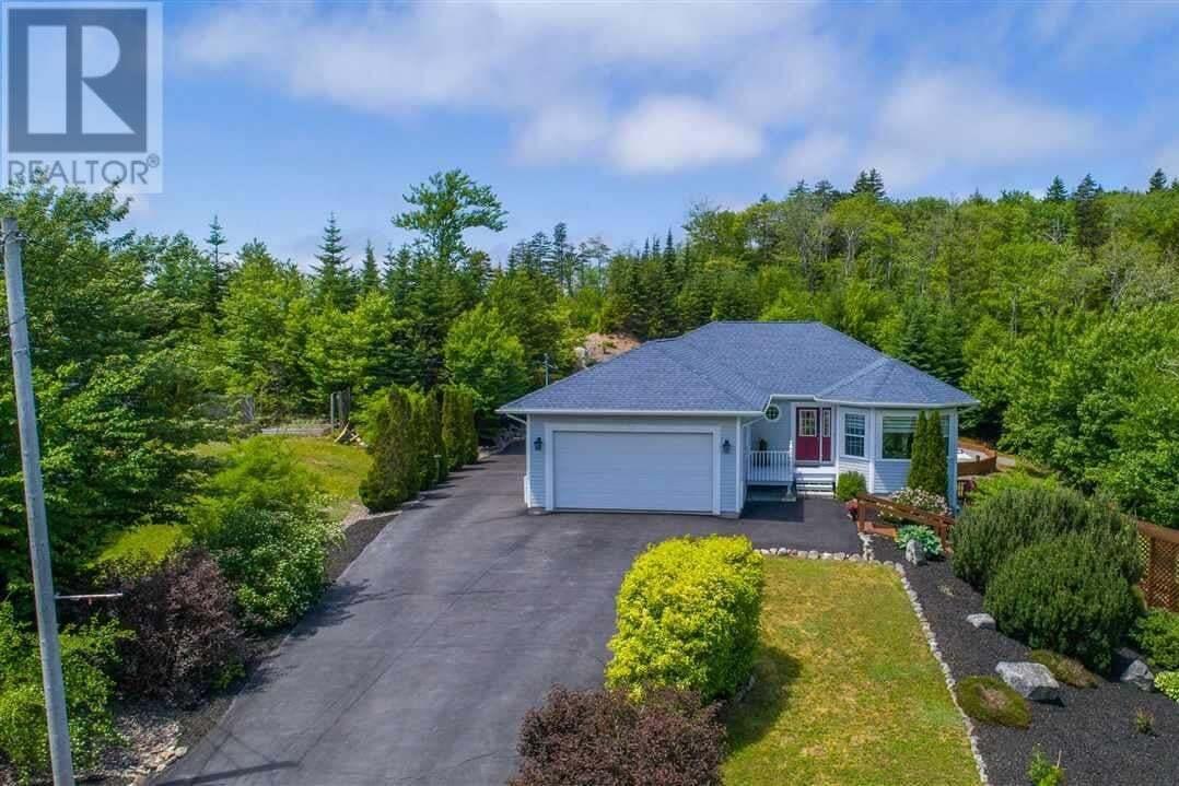 House for sale at 26 Haverstock Dr Hammonds Plains Nova Scotia - MLS: 202011601