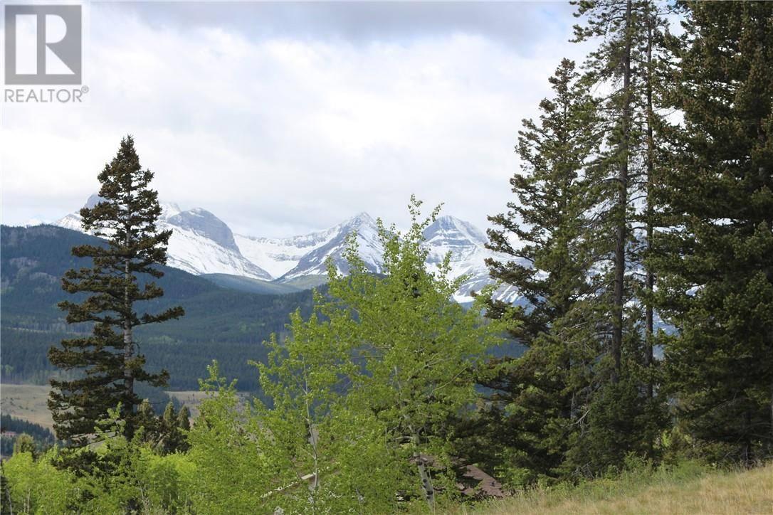 Residential property for sale at 26 Kananaskis Ct Coleman Alberta - MLS: ld0190128