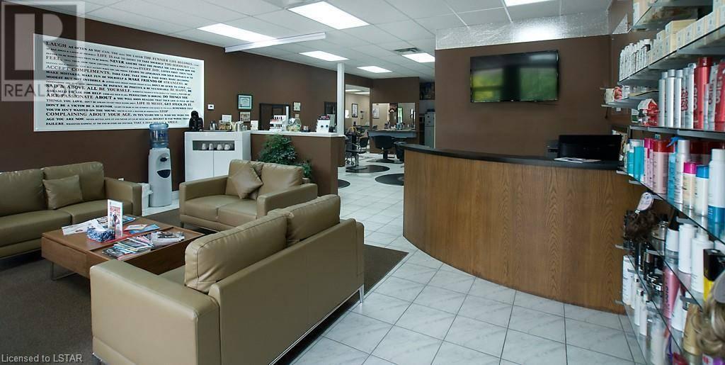 Home for sale at 26 Kilworth Dr Komoka Ontario - MLS: 205314