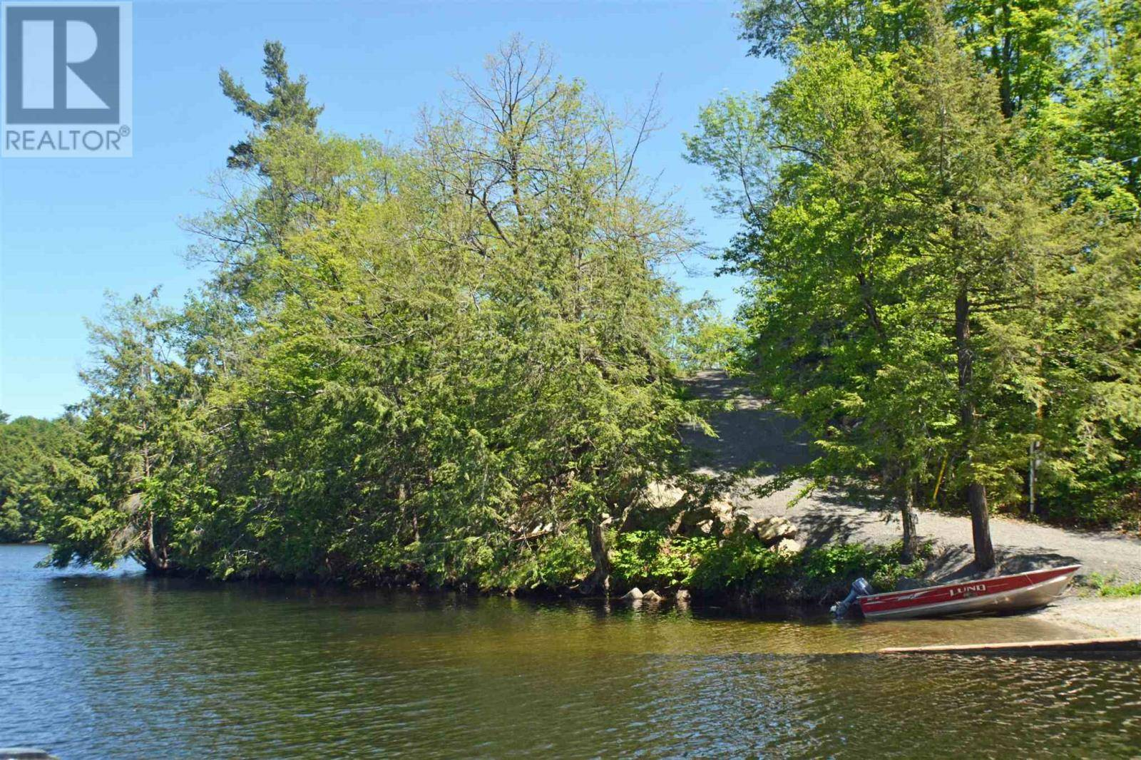 Residential property for sale at 26 Marina Ln South Frontenac Ontario - MLS: K19006650a