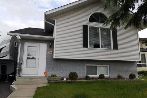House for sale at 26 Pasadena Garden(s) Northeast Calgary Alberta - MLS: C4255191