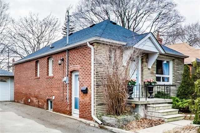 For Sale: 26 Rothsay Avenue, Toronto, ON | 2 Bed, 2 Bath House for $1,048,000. See 17 photos!