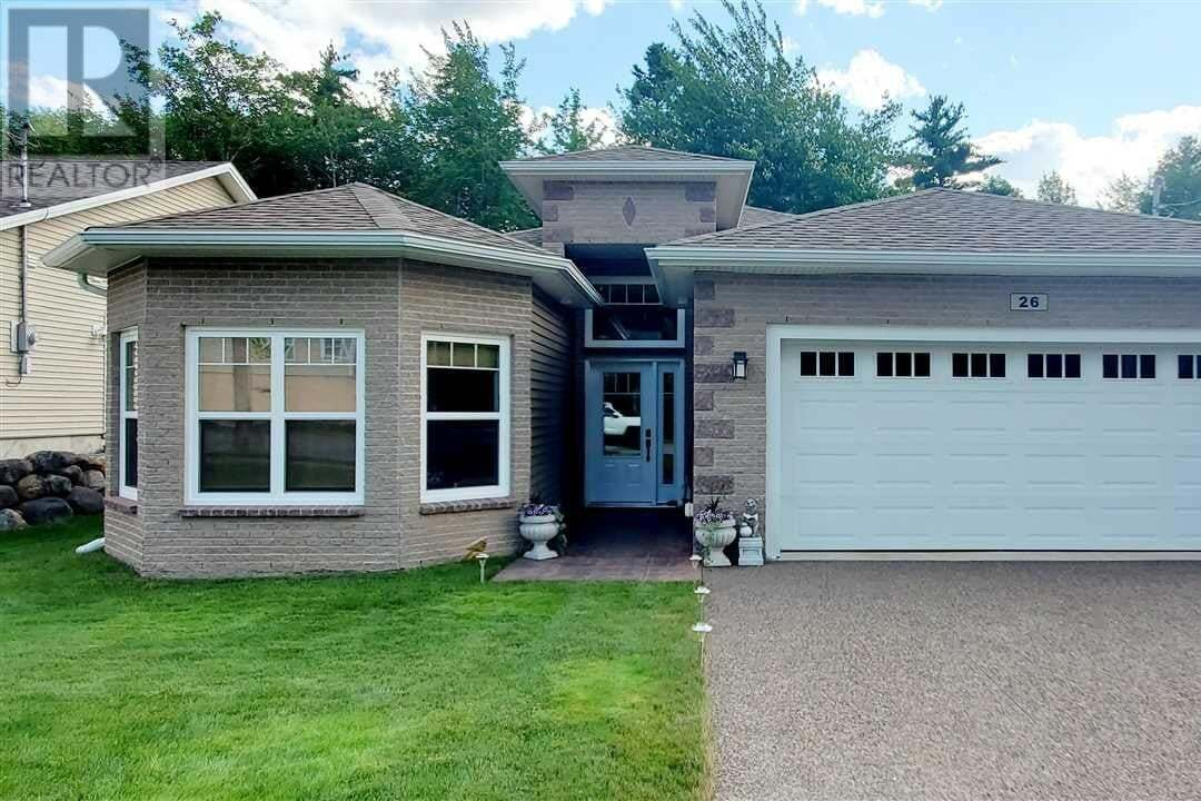 House for sale at 26 Roundhouse Dr Bridgewater Nova Scotia - MLS: 202013975