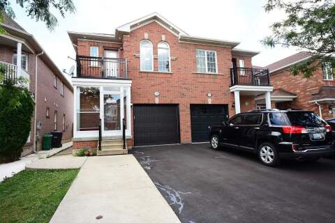 Townhouse for sale at 26 Secord Cres Brampton Ontario - MLS: W4862338