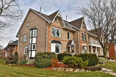 Townhouse for sale at 26 Sunvale Pl Hamilton Ontario - MLS: X4504878