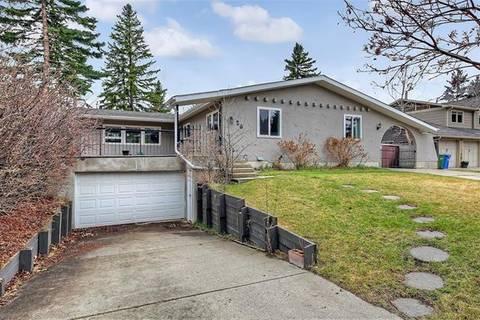 House for sale at 26 Vartown Pl Northwest Calgary Alberta - MLS: C4285162