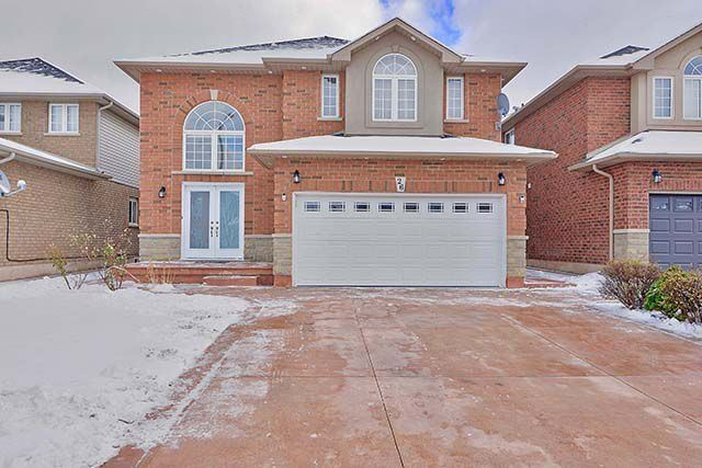 For Sale: 26 Watercrest Drive, Hamilton, ON | 4 Bed, 4 Bath House for $789,000. See 20 photos!