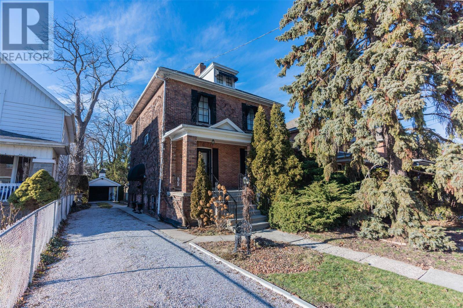 House for sale at 26 West St Chatham Ontario - MLS: 20000112