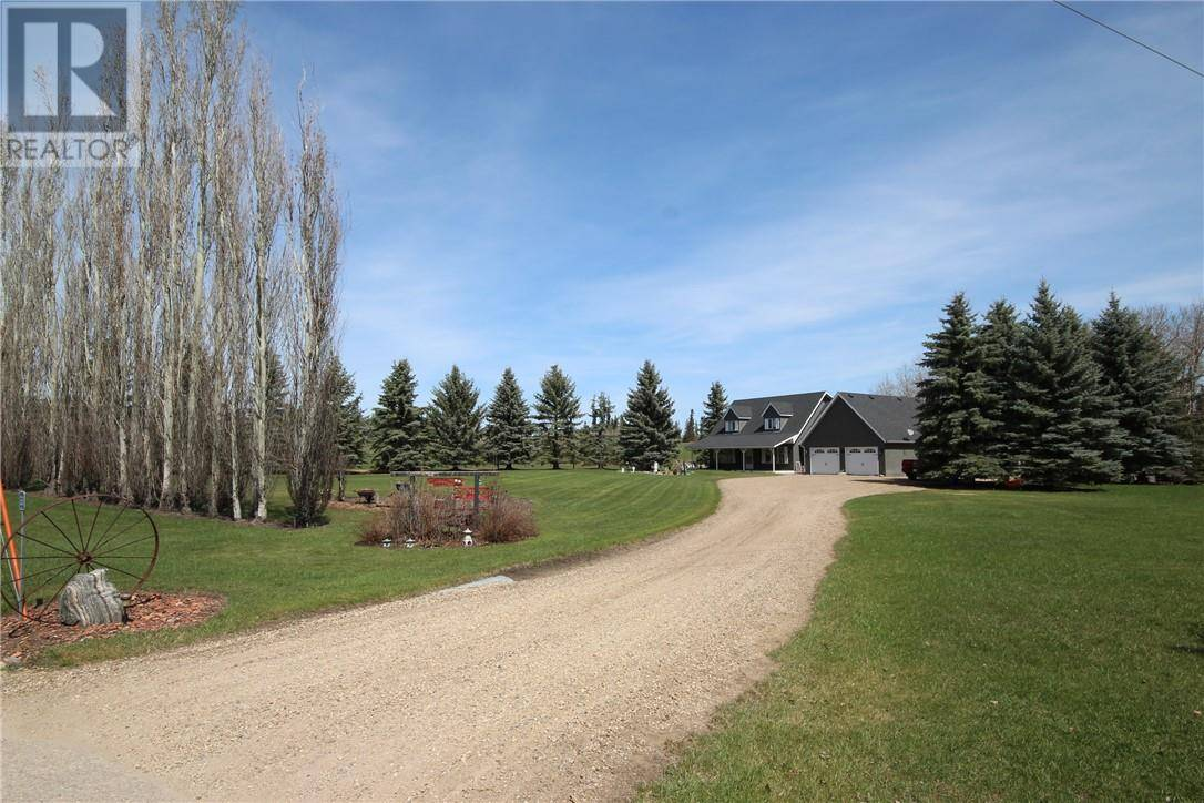 Buliding: 27111 597 Highway, Rural Lacombe County, AB