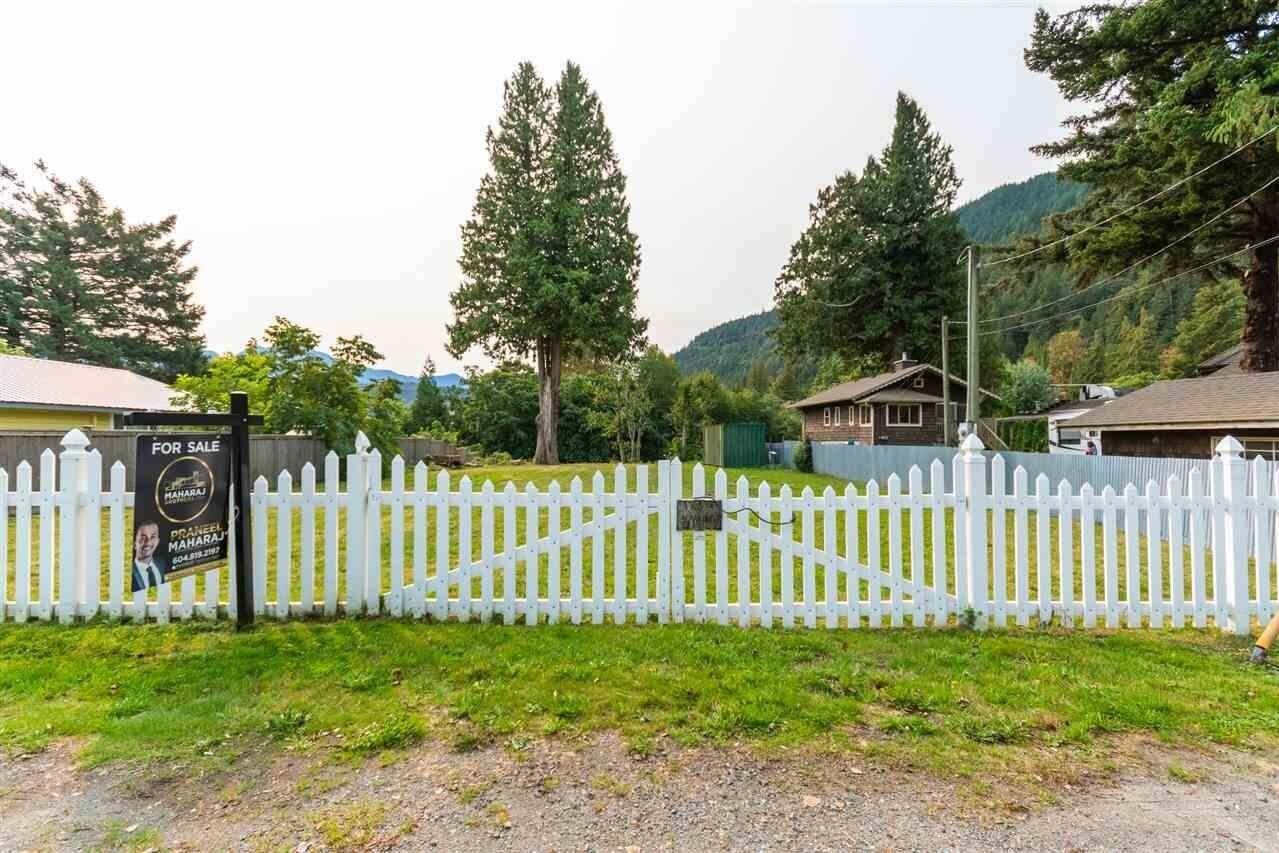 Home for sale at 260 Cedar Ave Harrison Hot Springs British Columbia - MLS: R2503296