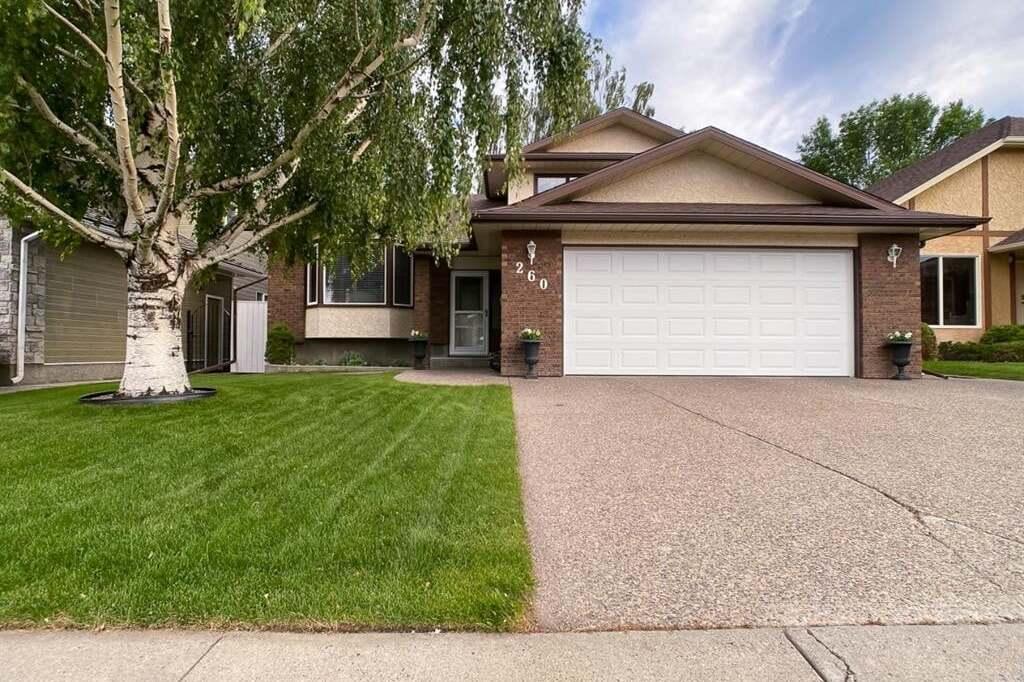 House for sale at 260 Coachwood Pt West Lethbridge Alberta - MLS: A1001631