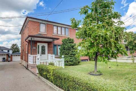 Townhouse for sale at 2604 Keele St Toronto Ontario - MLS: W4863627