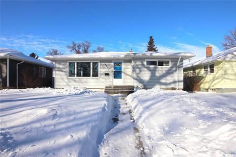 House for sale at 2604 Wascana St Regina Saskatchewan - MLS: SK781449