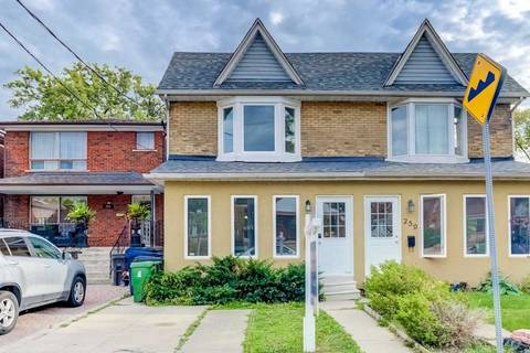 Townhouse for sale at 261 Gowan Ave Toronto Ontario - MLS: E4592802