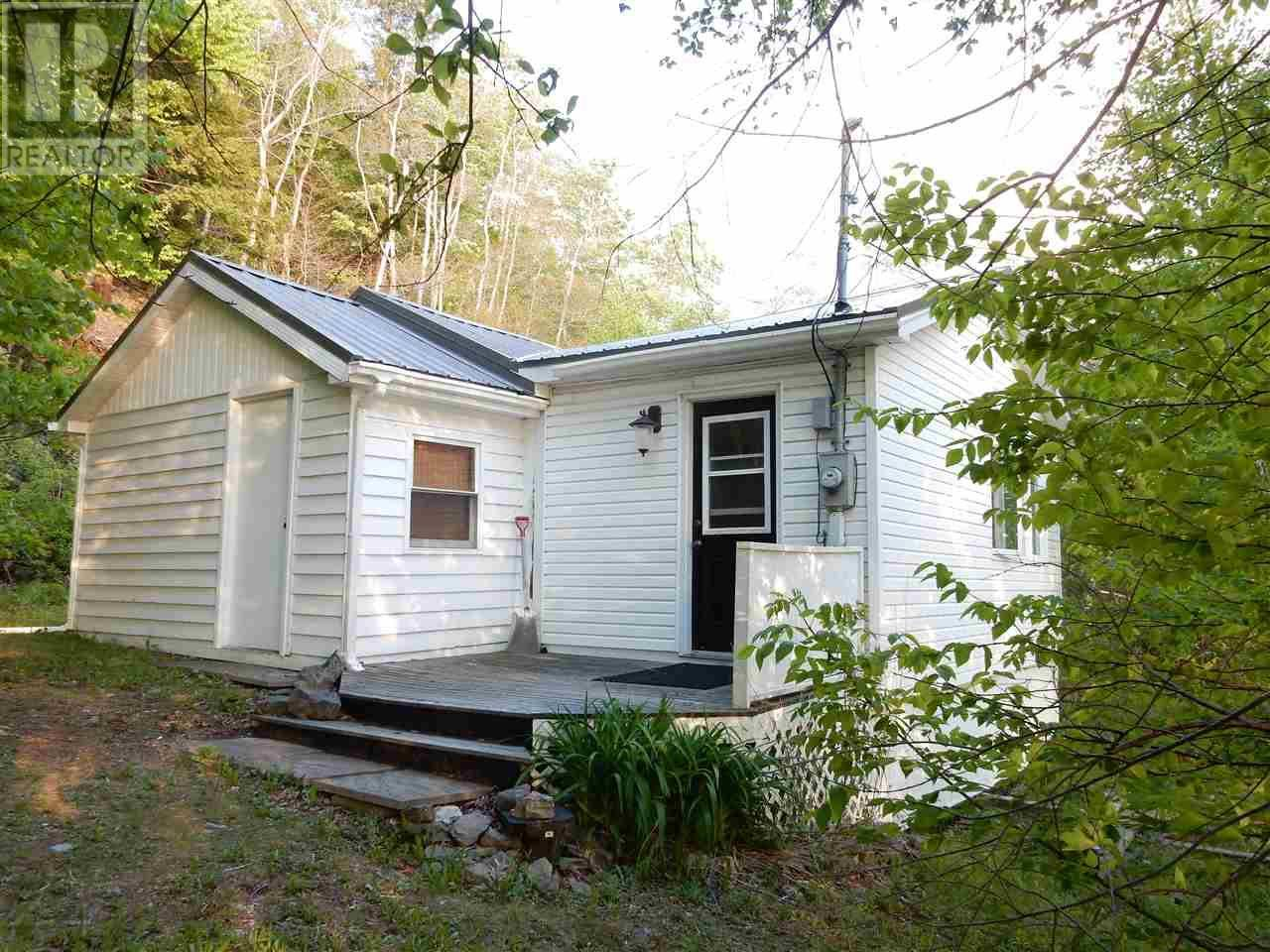 House for sale at 2618 2 Hy Waverley Nova Scotia - MLS: 201914416