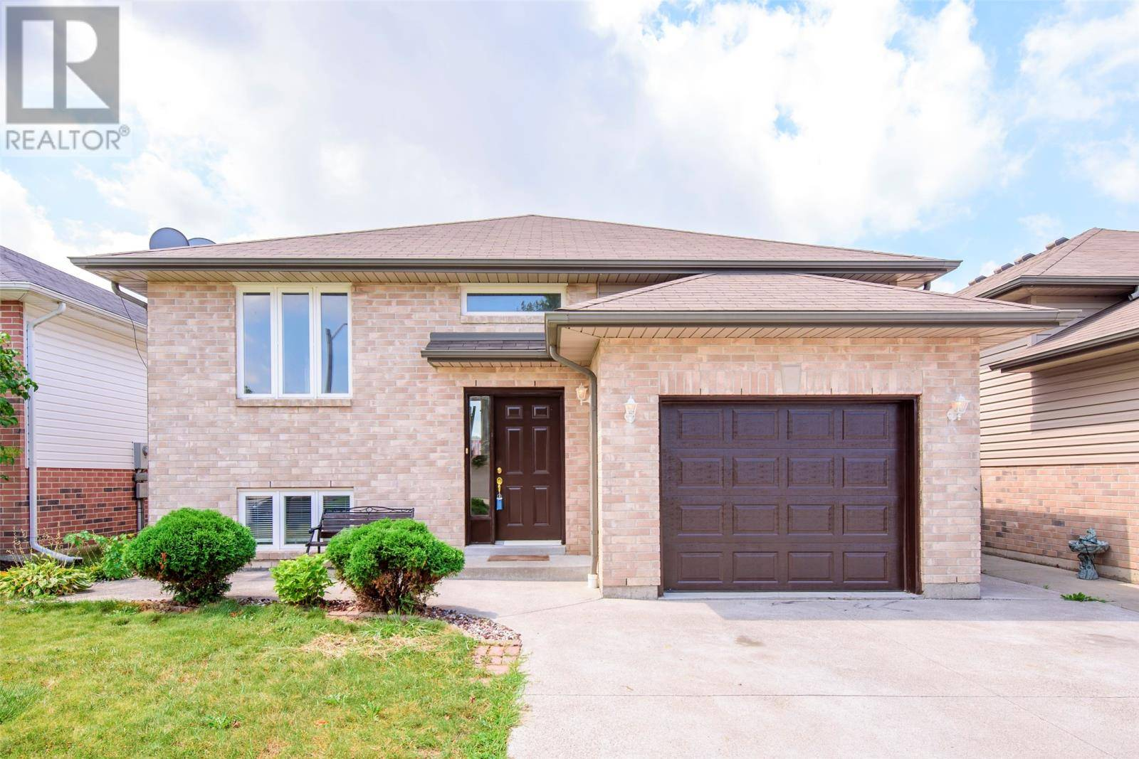 House for sale at 2619 Maitland  Windsor Ontario - MLS: 19023955