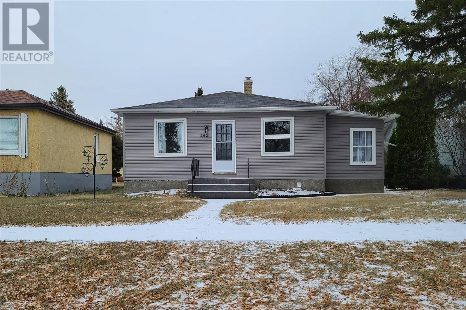 House for sale at 262 8th Ave W Melville Saskatchewan - MLS: SK834784