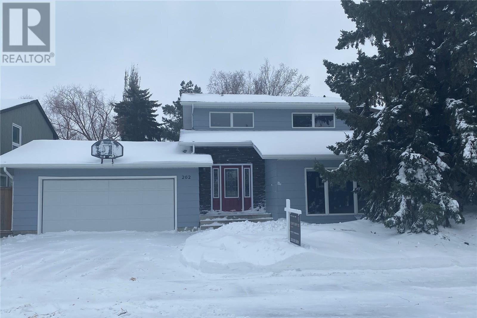 House for sale at 262 Christopher Cres Saskatoon Saskatchewan - MLS: SK818446