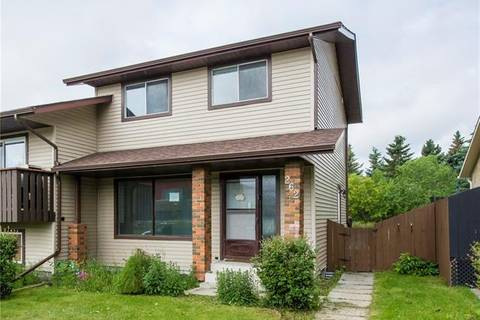 Townhouse for sale at 262 Jensen Dr Northeast Airdrie Alberta - MLS: C4258122