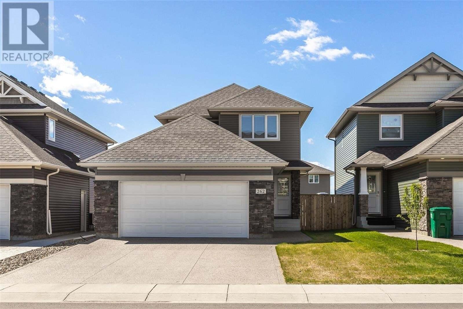 House for sale at 262 Lewin Cres Saskatoon Saskatchewan - MLS: SK809797