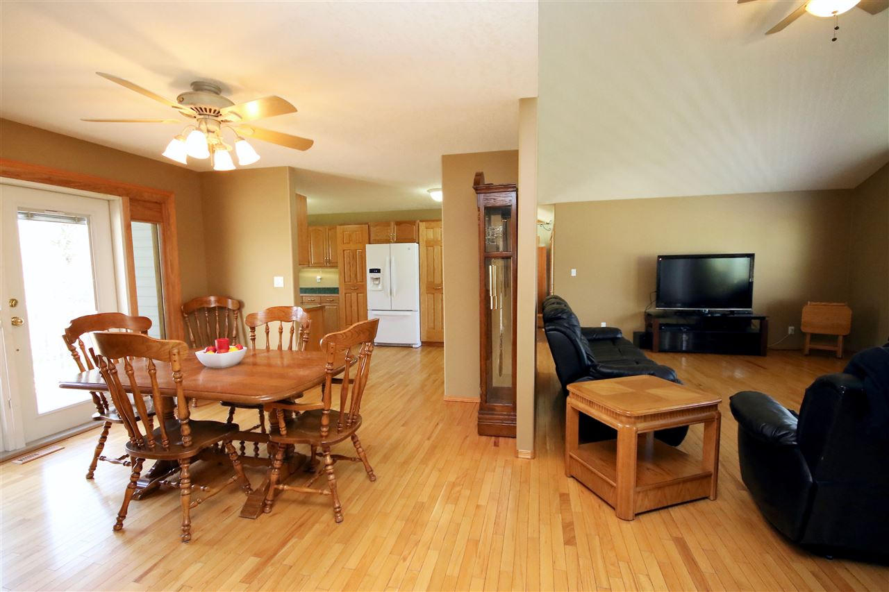 For Sale: 262006 262006 Hwy 13 Highway, Rural Wetaskiwin County, AB   4 Bed, 3 Bath House for $559,900. See 30 photos!