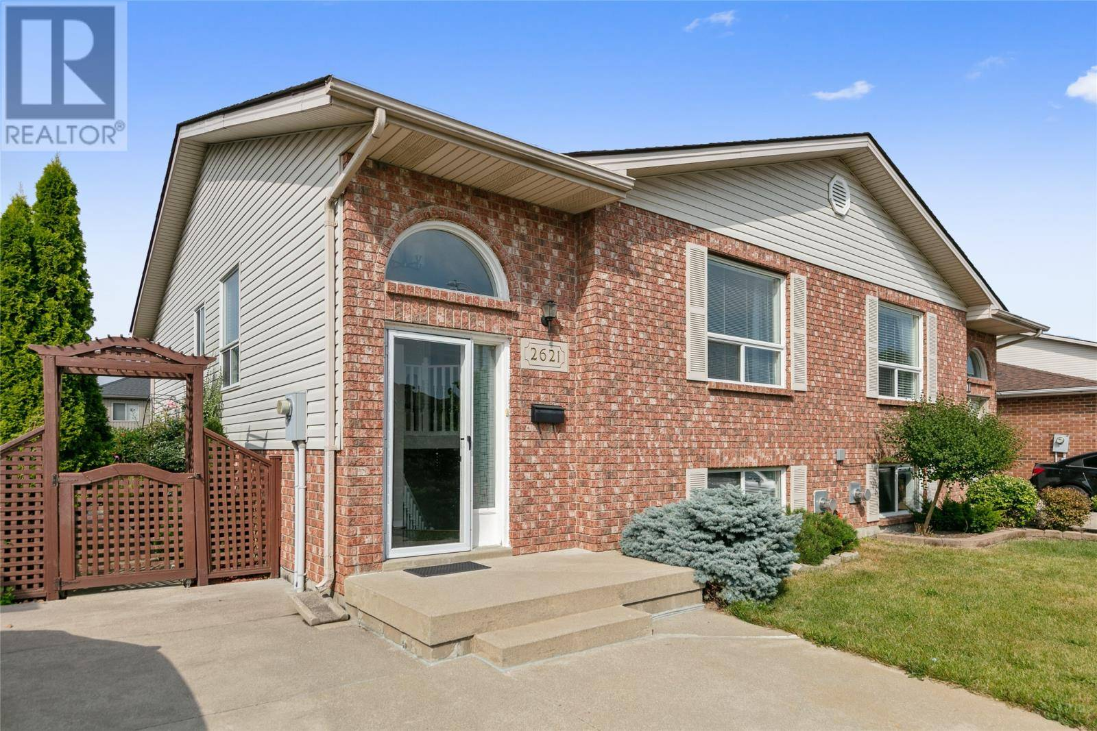 House for sale at 2621 Carissa Ave  Windsor Ontario - MLS: 19024130