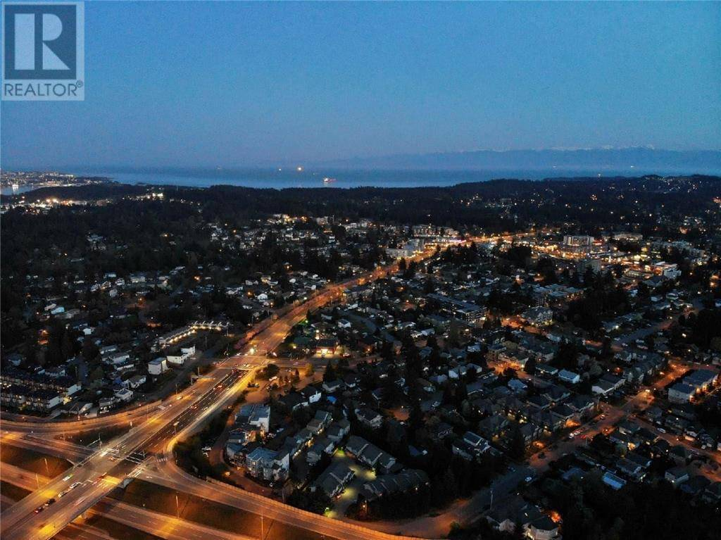 House for sale at 2622 Sunderland Rd Victoria British Columbia - MLS: 414340