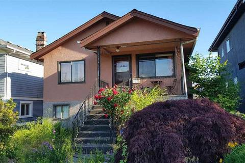 House for sale at 2624 Dundas St Vancouver British Columbia - MLS: R2381545