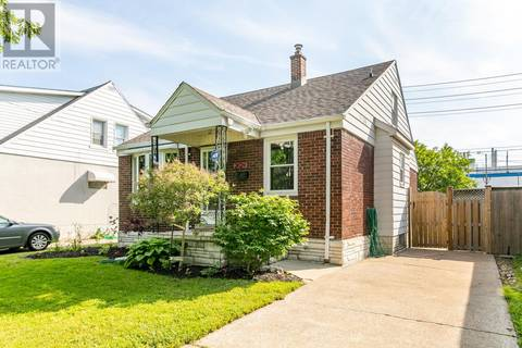 House for sale at 2624 Turner  Windsor Ontario - MLS: 19020401