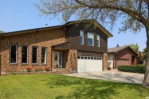 House for sale at 2626 Kliman Cres Regina Saskatchewan - MLS: SK773579