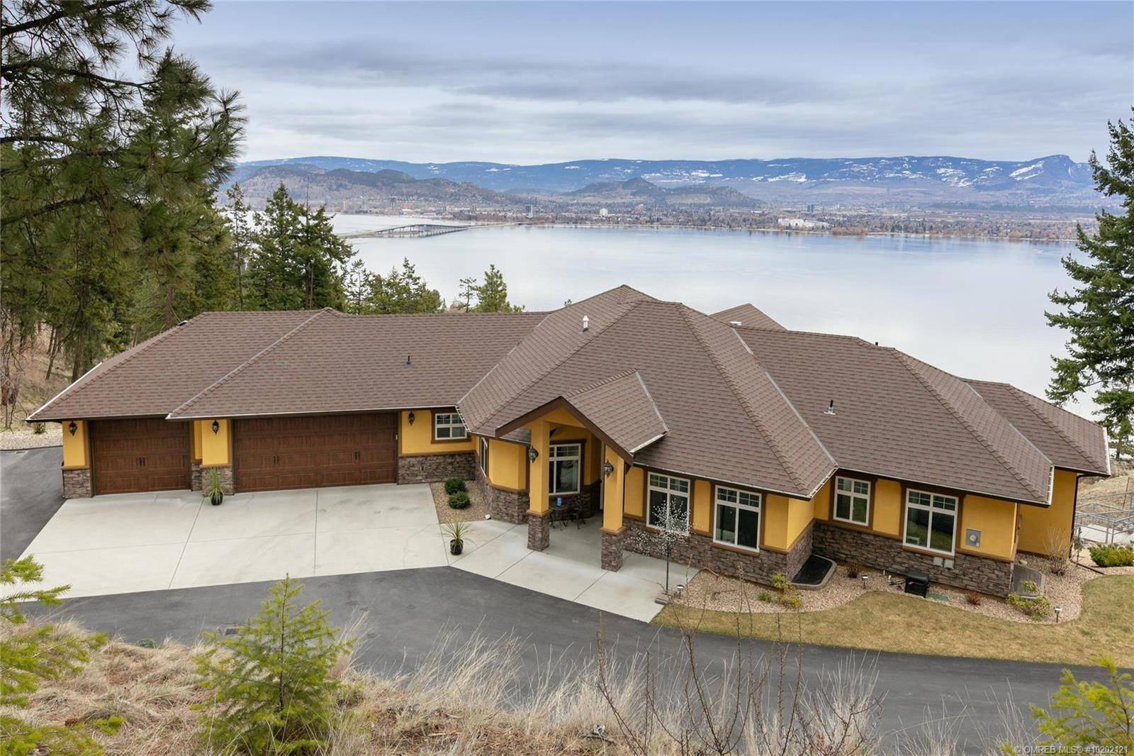 House for sale at 2626 Lakeview Rd West Kelowna British Columbia - MLS: 10202121
