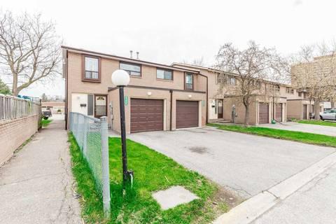Condo for sale at 263 Fleetwood Cres Brampton Ontario - MLS: W4446746