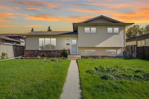 House for sale at 263 Bracewood Rd Southwest Calgary Alberta - MLS: C4245204