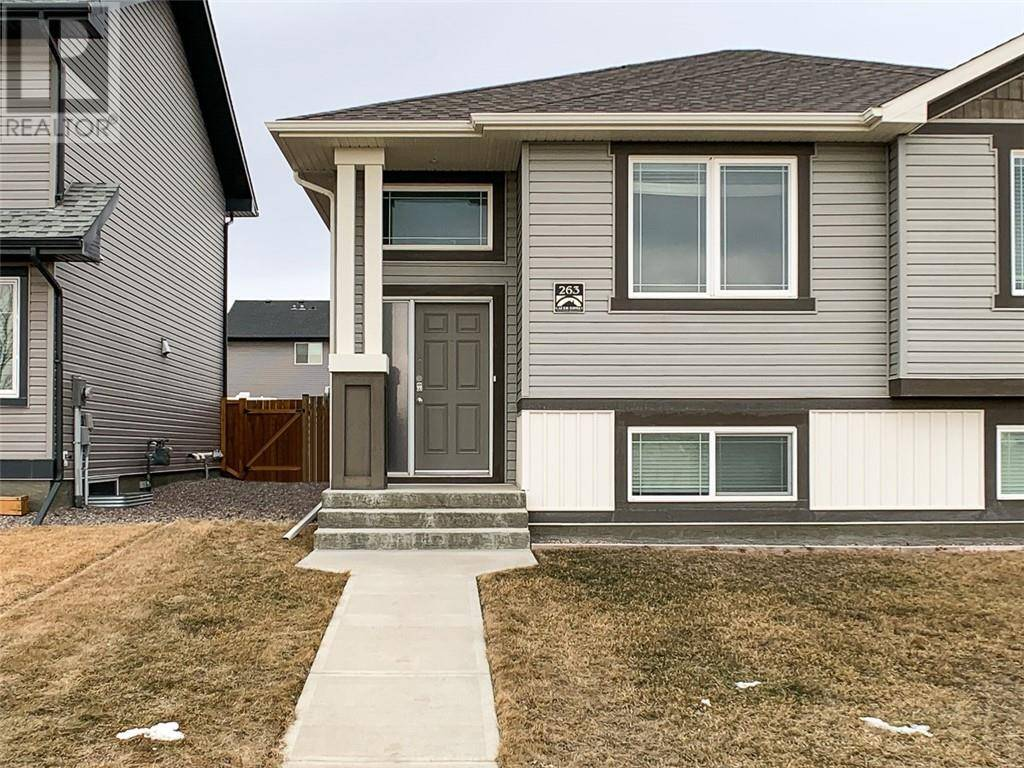 Townhouse for sale at 263 Coalbanks Blvd W Lethbridge Alberta - MLS: ld0189996
