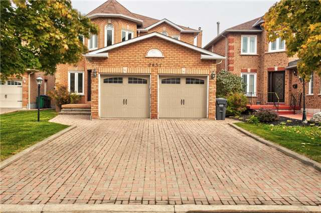 House for sale at 2631 Comet Court Mississauga Ontario - MLS: W4289875