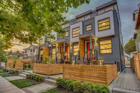 Townhouse for sale at 2631 Duke St Vancouver British Columbia - MLS: R2403229