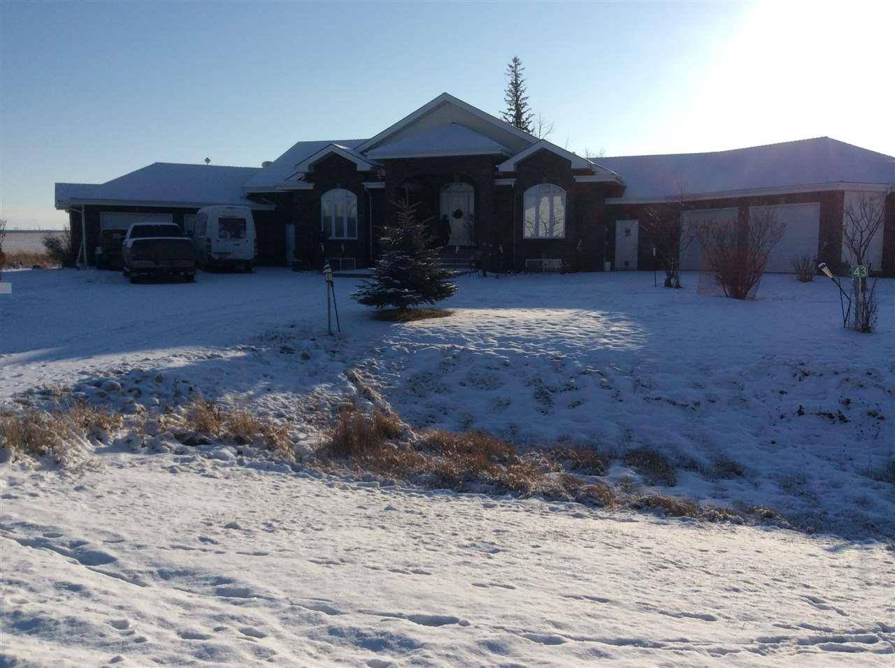 House for sale at 532 A Rd Unit 26323 Rural Parkland County Alberta - MLS: E4181117