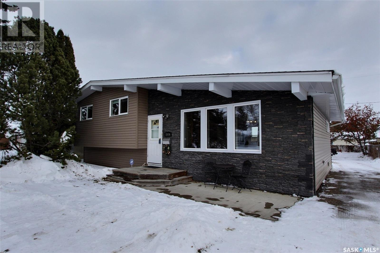 House for sale at 2634 6a Ave W Prince Albert Saskatchewan - MLS: SK834490