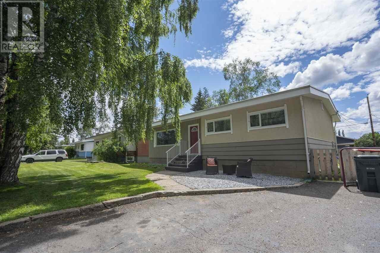 House for sale at 2635 1st Ave Prince George British Columbia - MLS: R2469999