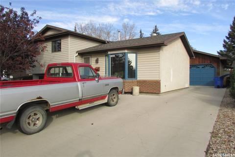 House for sale at 2635 Howell Dr Regina Saskatchewan - MLS: SK789857