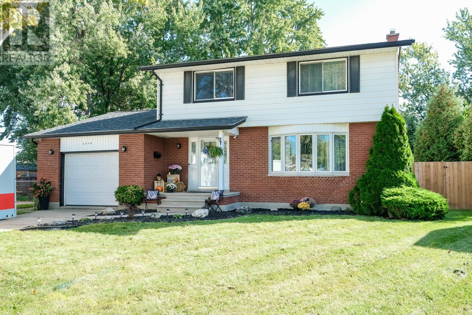 House for sale at 2638 Armstrong  Windsor Ontario - MLS: 19027039