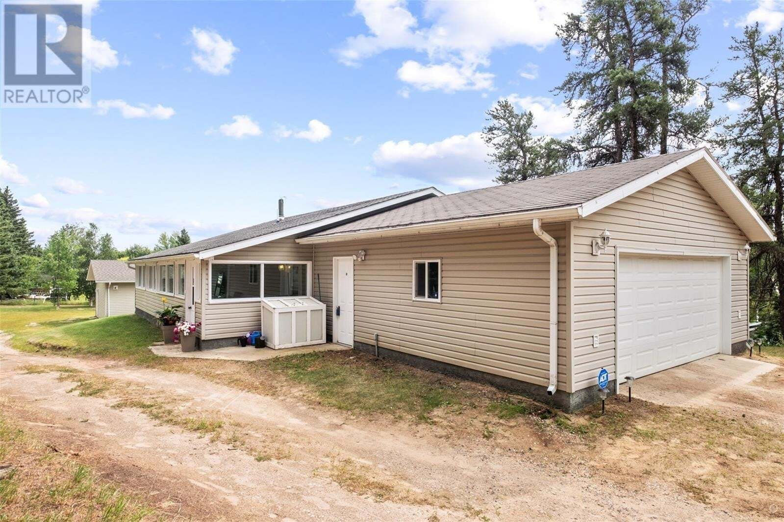 House for sale at 264 19th Ave NW Buckland Rm No. 491 Saskatchewan - MLS: SK821047
