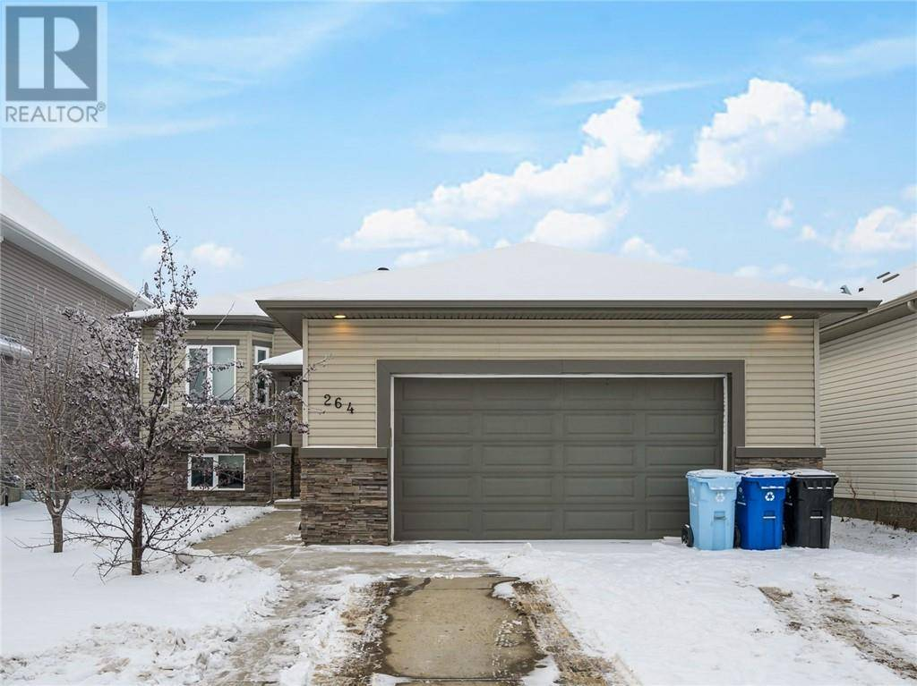 House for sale at 264 Sandpiper Rd Fort Mcmurray Alberta - MLS: fm0181509